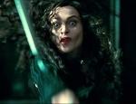 Bellatrix_throwing_knife